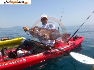 Peska en kayak de Mero